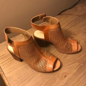 Size 8 perforated peep toe block sandal